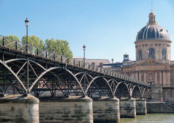 VFE Du học Pháp ngành Ngôn ngữ bằng LEA, LLCER 2