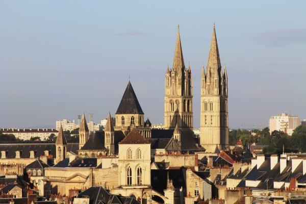 VFE Du học Pháp thành phố Caen 1